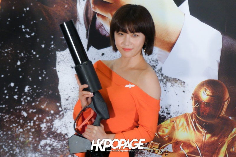 [HK.KPOP.PAGE] 171118_Ha Ji Won Movie Manhunt Premiere_02