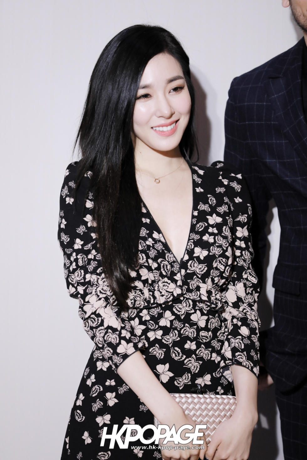 [HK.KPOP.PAGE] 171130_Tiffany Bottega Veneta Event in Hong Kong_06
