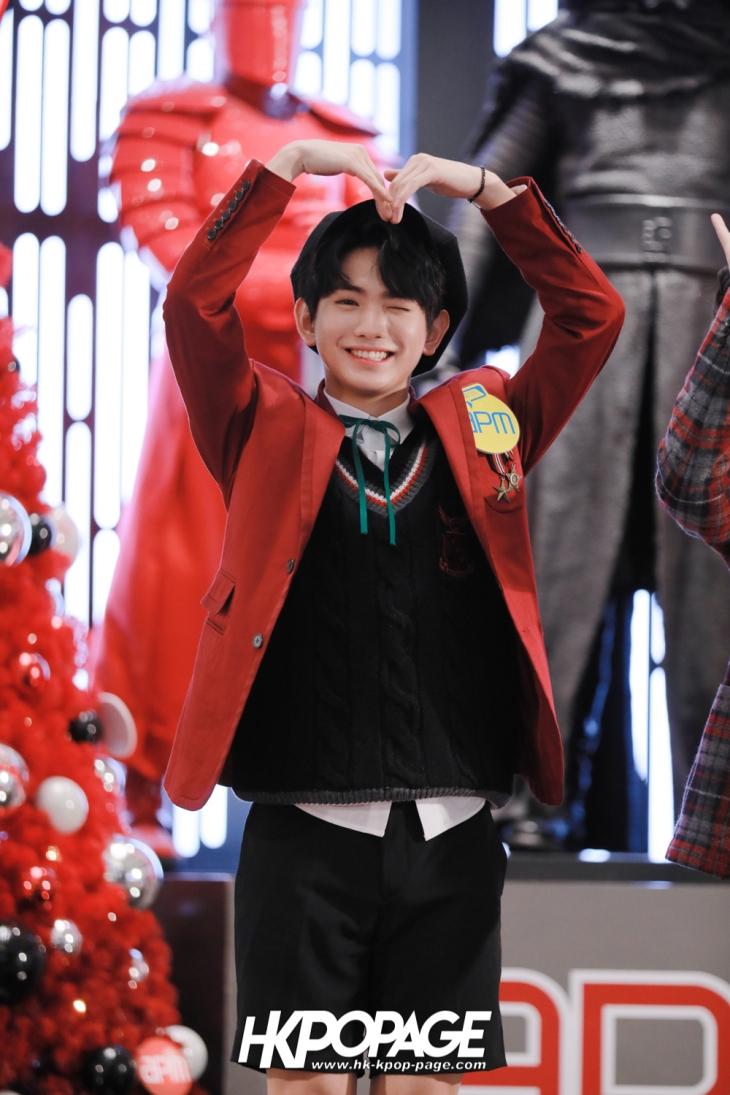 [HK.KPOP.PAGE] 171224_Heong-seop x Eui Woong autograph event_05