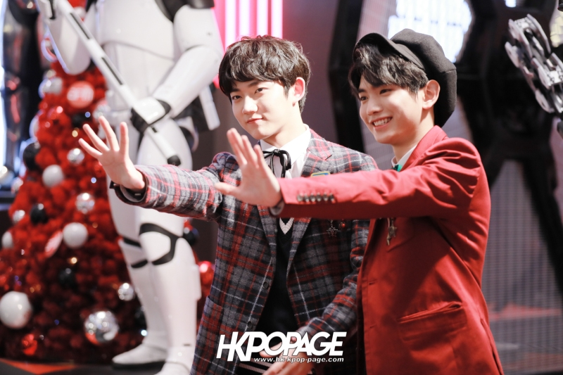 [HK.KPOP.PAGE] 171224_Heong-seop x Eui Woong autograph event_12