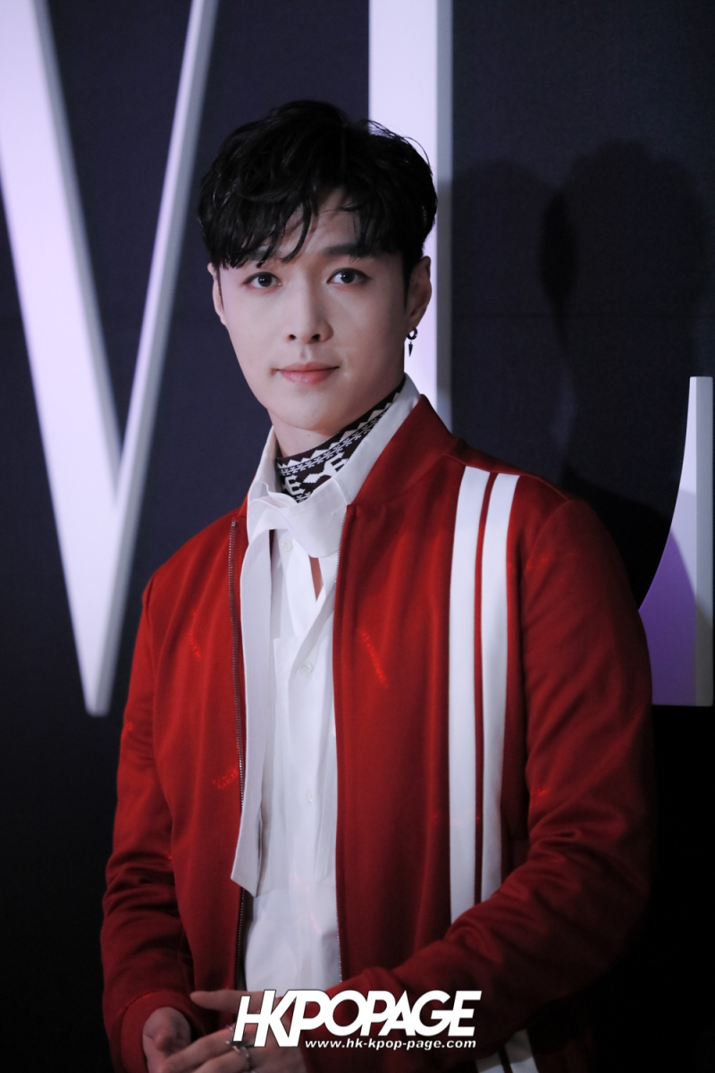 [HK.KPOP.PAGE] 180126_VALENTINO Brand Event_Zhang Yixing_03