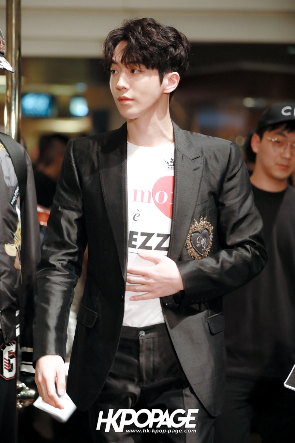[HK.KPOP.PAGE] 180705_Nam Joo Hyuk @ DOLCE&GABBANA CNY Pop up store at Harbour City_02