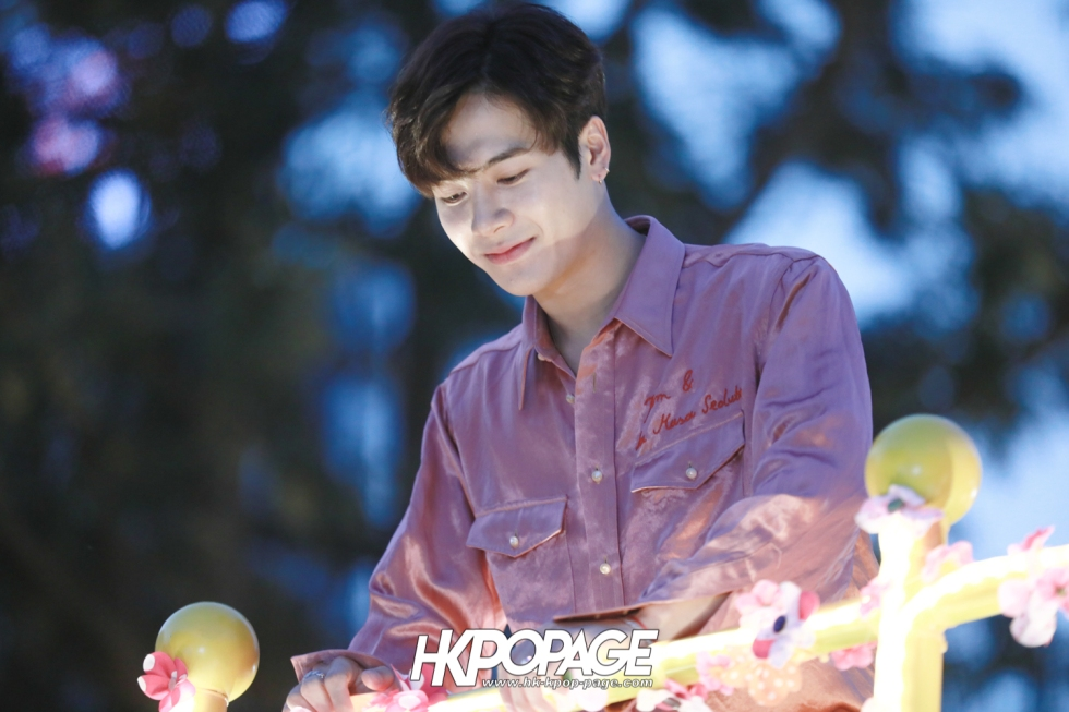 [HK.KPOP.PAGE] 180215_Jackson Wang The International Chinese New Year Night Parade _04