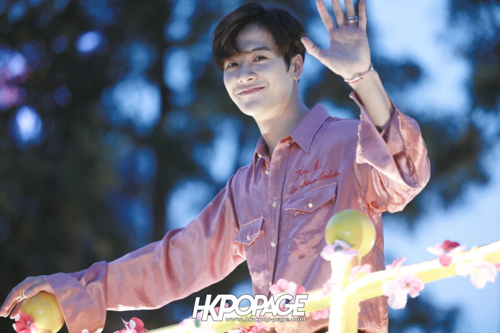 [HK.KPOP.PAGE] 180215_Jackson Wang The International Chinese New Year Night Parade _05