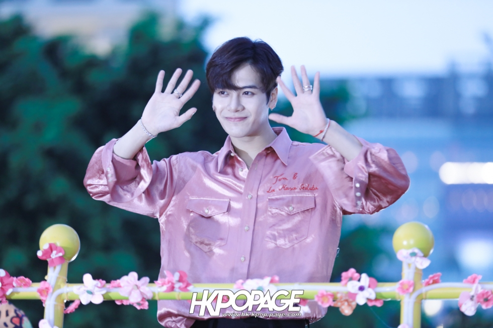 [HK.KPOP.PAGE] 180215_Jackson Wang The International Chinese New Year Night Parade _18