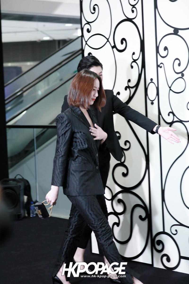 [HK.KPOP.PAGE] 180315_Krystal_Givenchy Event_01