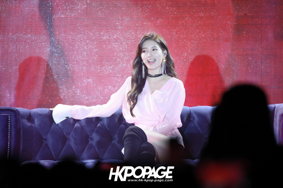 "[HK.KPOP.PAGE] 180526_SUZY Asia Fan Meeting Tour ""WITH"" In Hong Kong 2018_03"