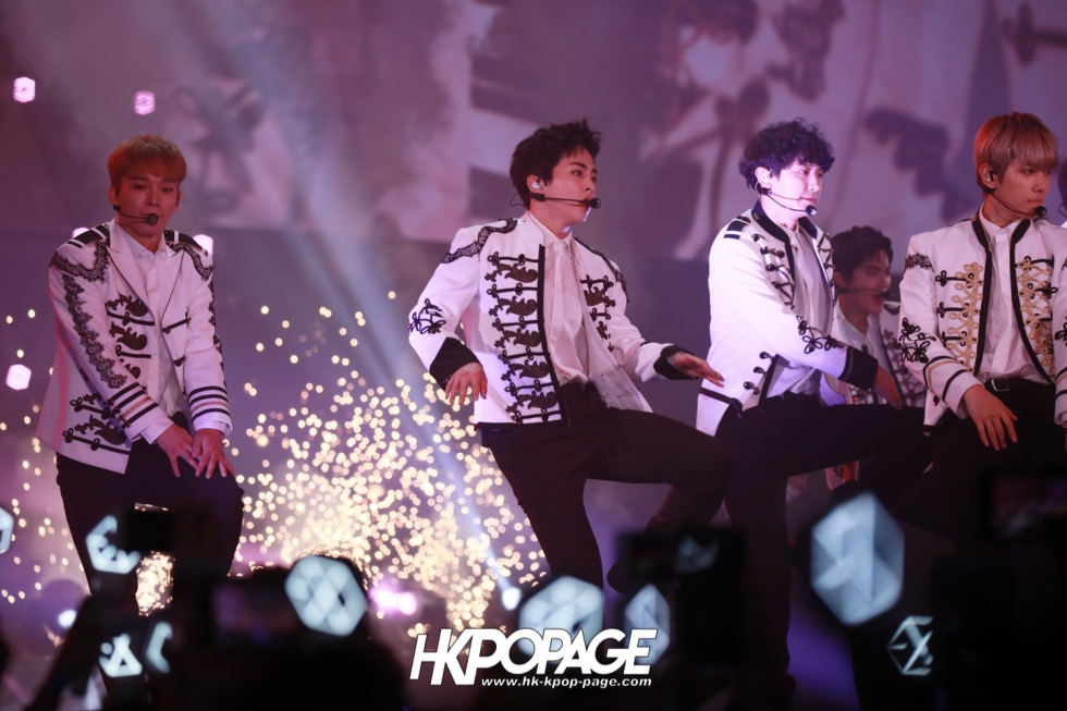 [HK.KPOP.PAGE] 180602_EXO PLANET #4 – The EℓyXiOn – in HONG KONG_43
