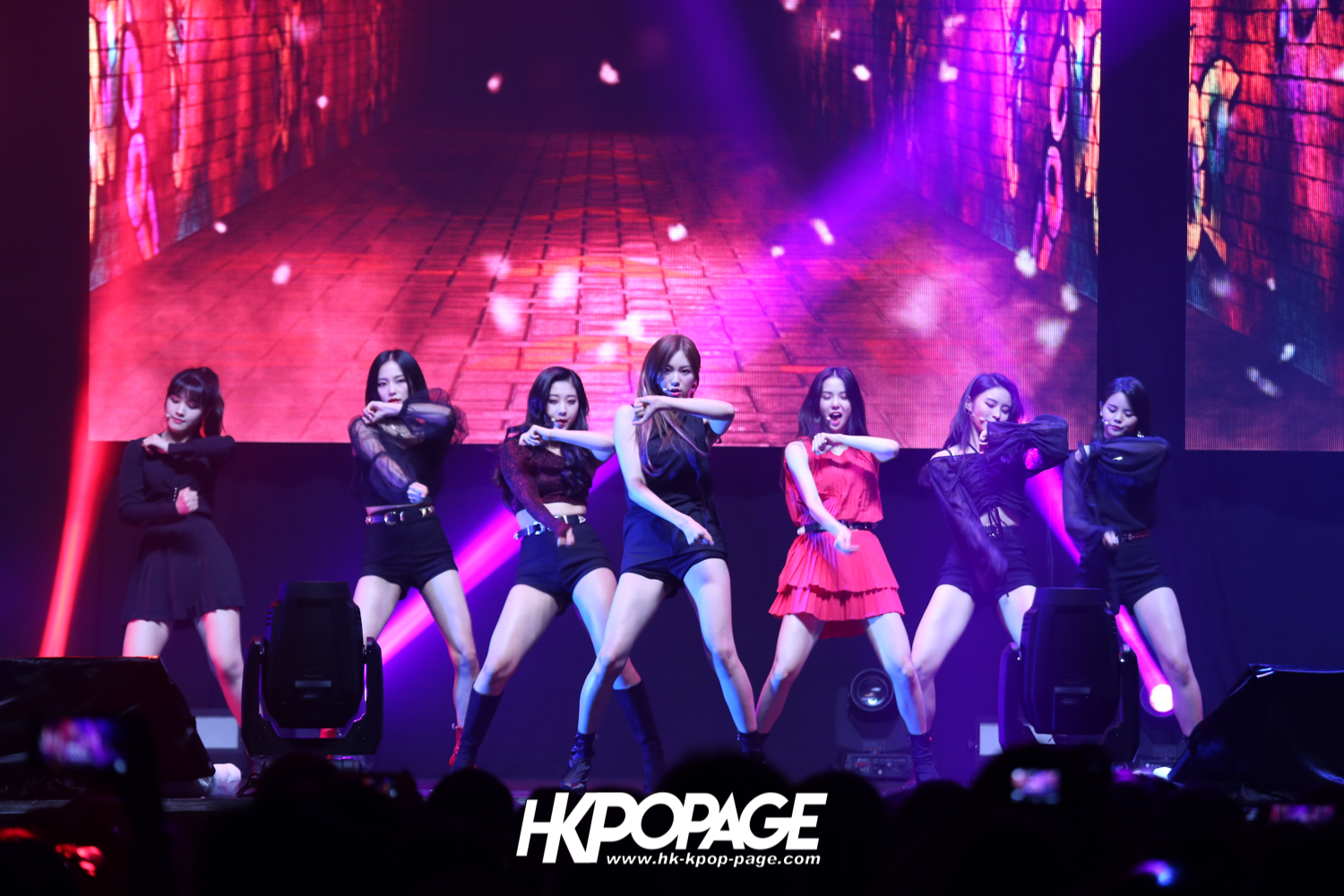 [HK.KPOP.PAGE] 180720_CLC LIVE SHOW IN HONG KONG 2018_01