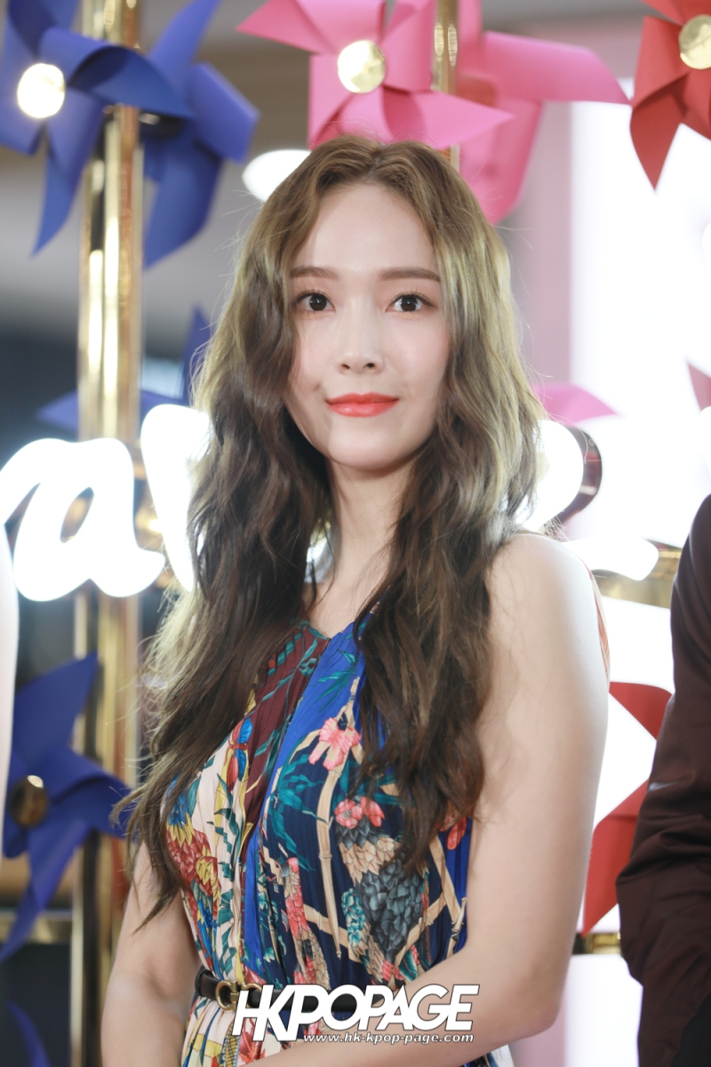 [HK.KPOP.PAGE] 181102_Jessica Jung_Salvatore Ferragamo Event in Hong Kong_06