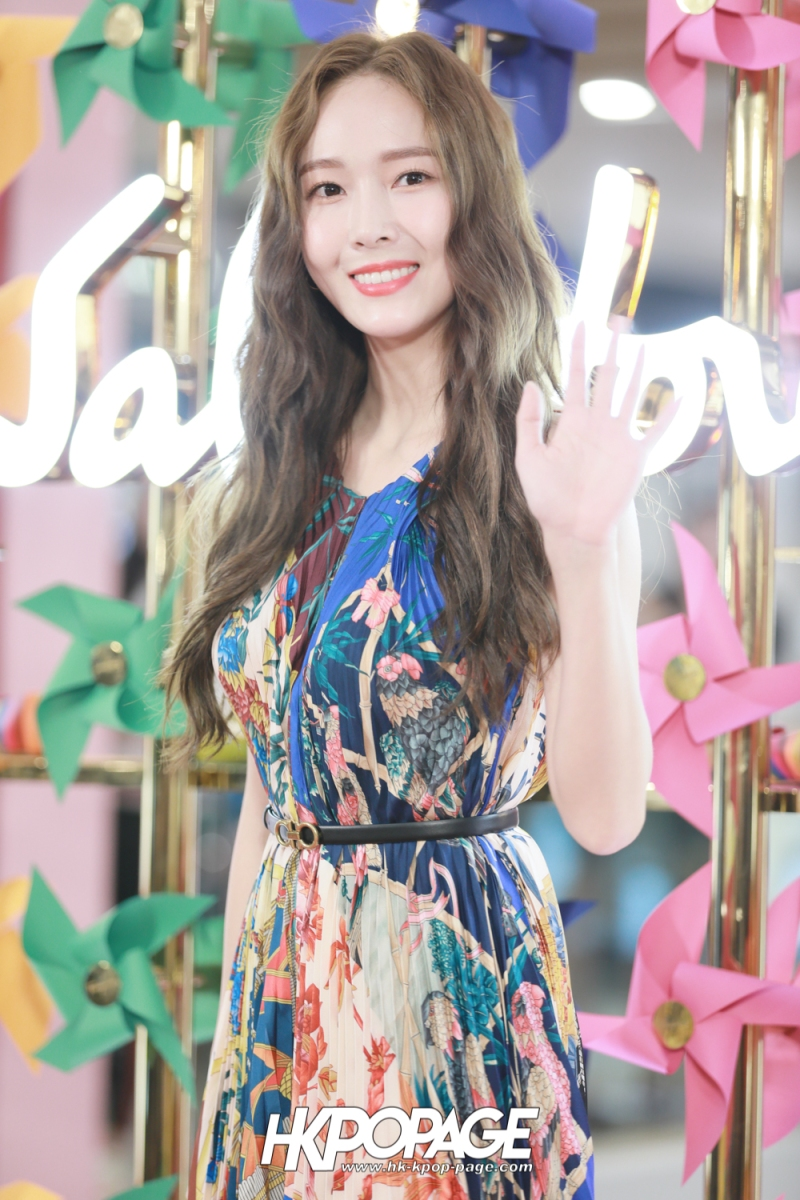 [HK.KPOP.PAGE] 181102_Jessica Jung_Salvatore Ferragamo Event in Hong Kong_11