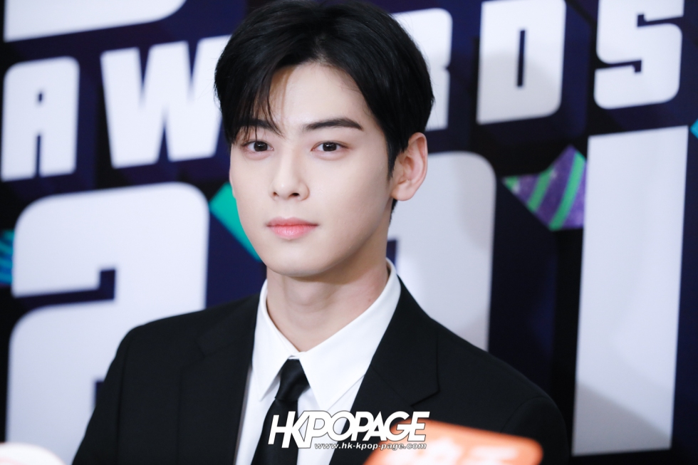 [HK.KPOP.PAGE] 181212_Cha Eun Woo_Yahoo Asia Buzz Awards 2018 presentation ceremony_-1