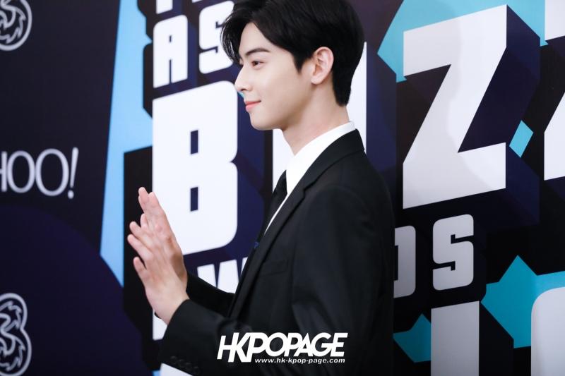 [HK.KPOP.PAGE] 181212_Cha Eun Woo_Yahoo Asia Buzz Awards 2018 presentation ceremony_-12