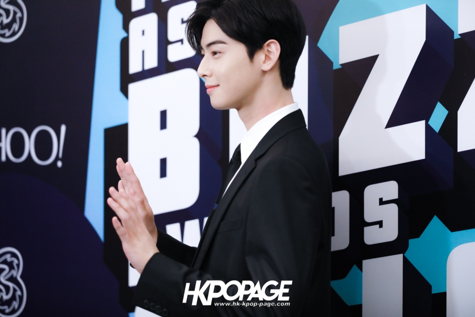 [HK.KPOP.PAGE] 181212_Cha Eun Woo_Yahoo Asia Buzz Awards 2018 presentation ceremony_-12