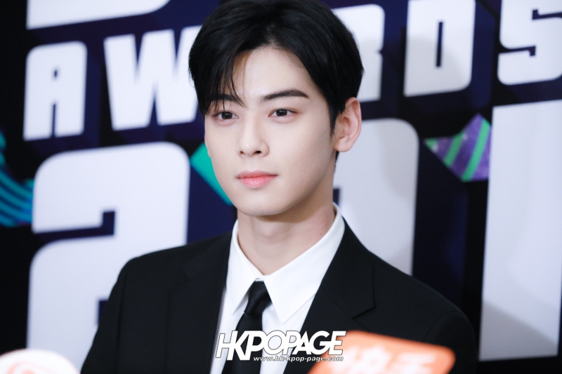 [HK.KPOP.PAGE] 181212_Cha Eun Woo_Yahoo Asia Buzz Awards 2018 presentation ceremony_-2