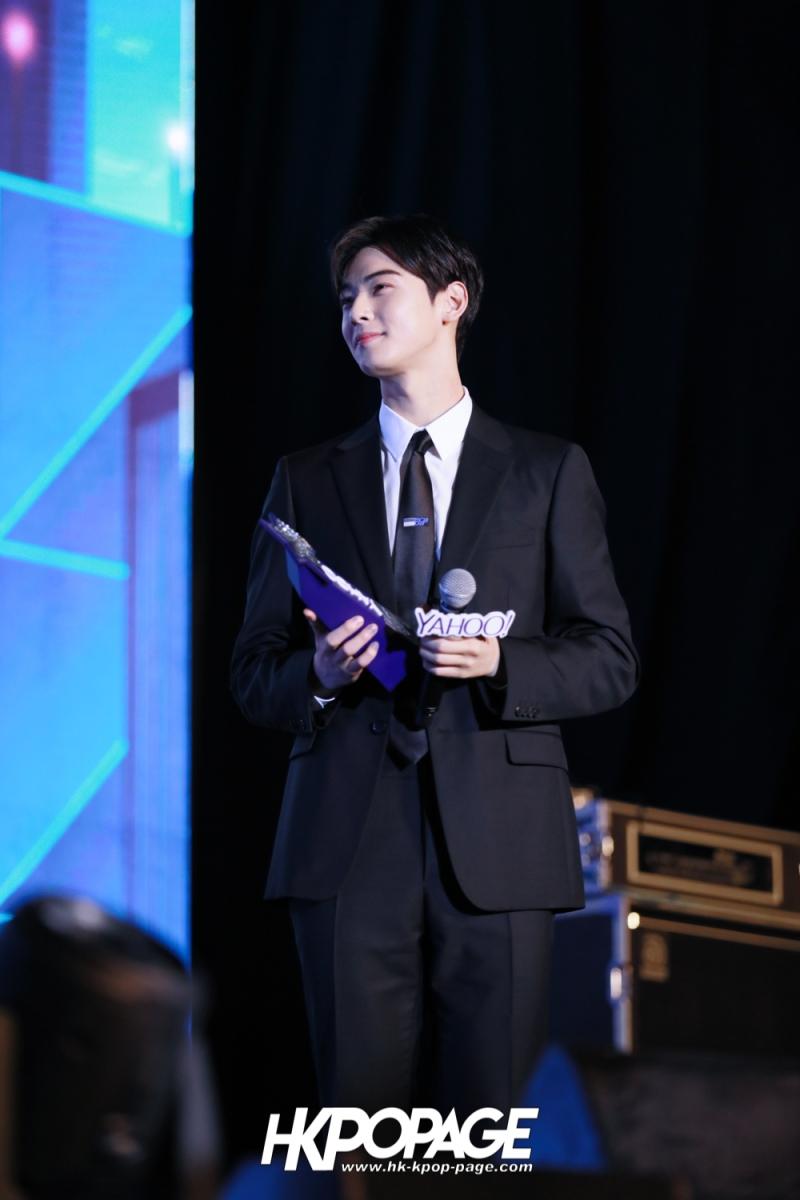 [HK.KPOP.PAGE] 181212_Cha Eun Woo_Yahoo Asia Buzz Awards 2018 presentation ceremony_-22