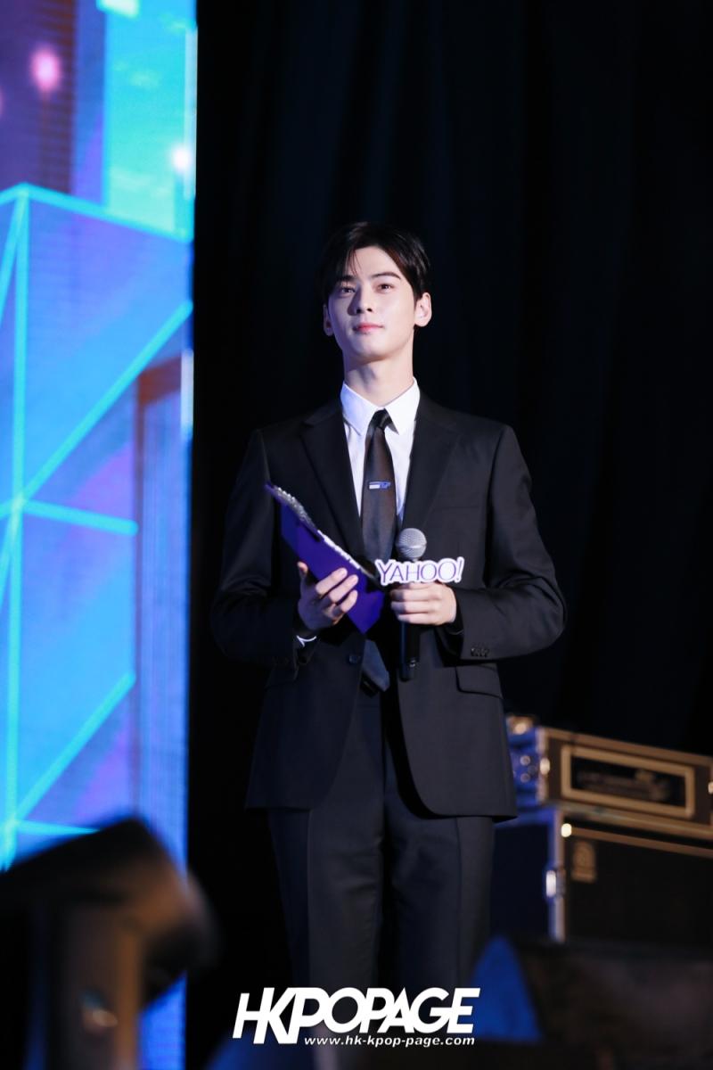 [HK.KPOP.PAGE] 181212_Cha Eun Woo_Yahoo Asia Buzz Awards 2018 presentation ceremony_-23