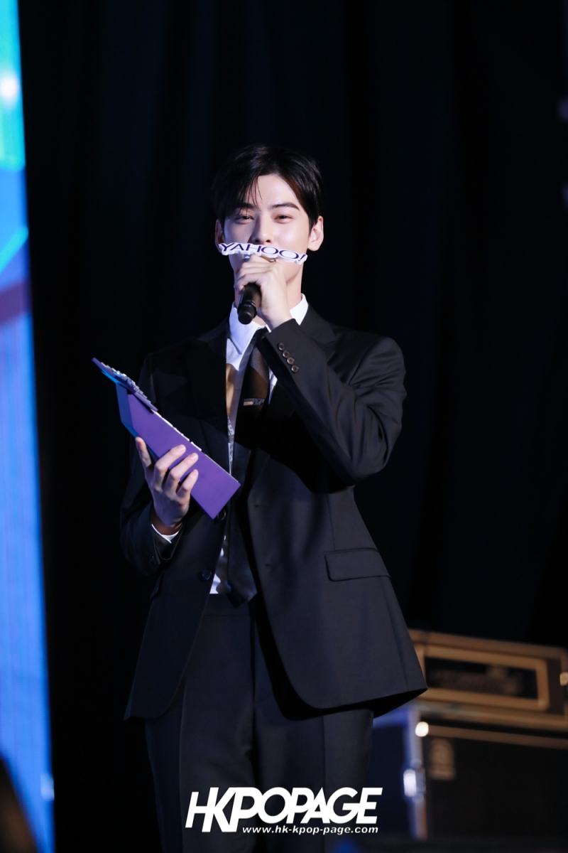 [HK.KPOP.PAGE] 181212_Cha Eun Woo_Yahoo Asia Buzz Awards 2018 presentation ceremony_-24
