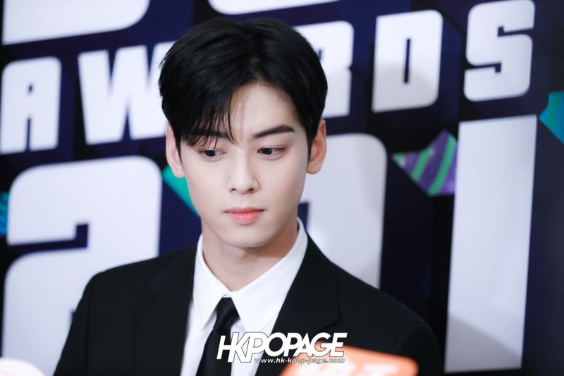 [HK.KPOP.PAGE] 181212_Cha Eun Woo_Yahoo Asia Buzz Awards 2018 presentation ceremony_-3