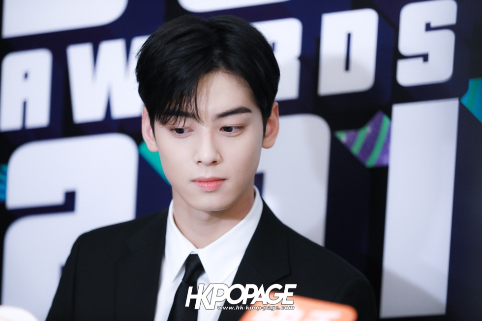 [HK.KPOP.PAGE] 181212_Cha Eun Woo_Yahoo Asia Buzz Awards 2018 presentation ceremony_-3