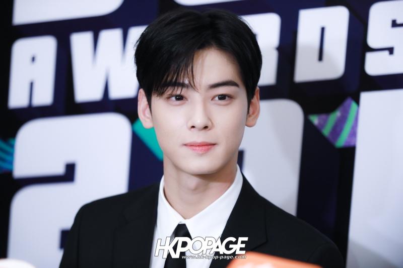 [HK.KPOP.PAGE] 181212_Cha Eun Woo_Yahoo Asia Buzz Awards 2018 presentation ceremony_-5