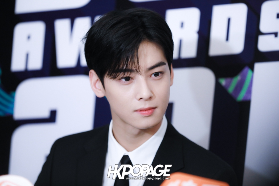 [HK.KPOP.PAGE] 181212_Cha Eun Woo_Yahoo Asia Buzz Awards 2018 presentation ceremony_-7