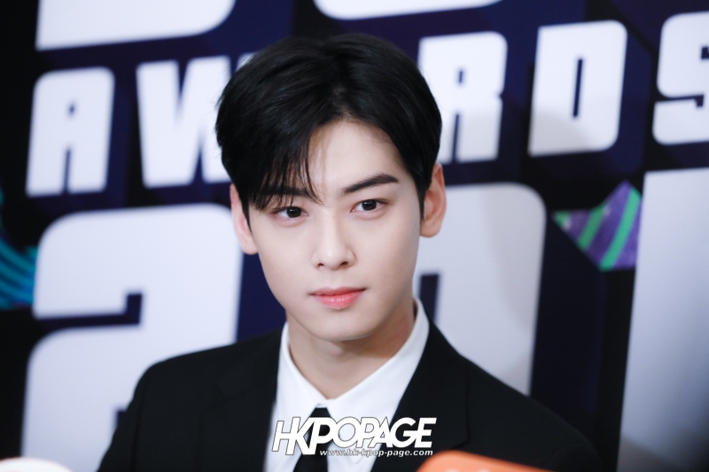 [HK.KPOP.PAGE] 181212_Cha Eun Woo_Yahoo Asia Buzz Awards 2018 presentation ceremony_-8